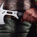 Schrade SCAXE5 Full Tang Tactical Hatchet Review