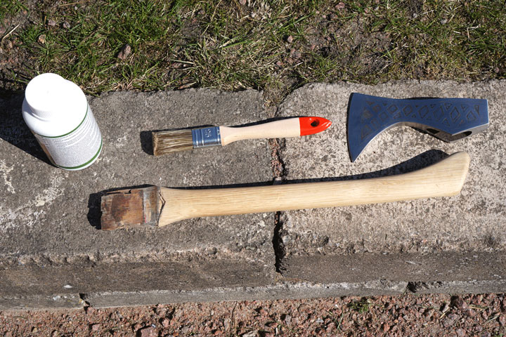 wood-stain-on-the-axe-handle